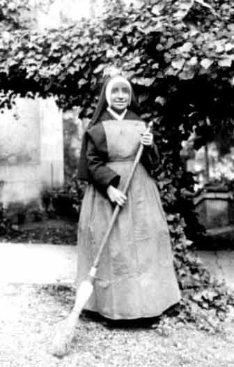 book: Way of Divine Love of Sister Josefa Menendez